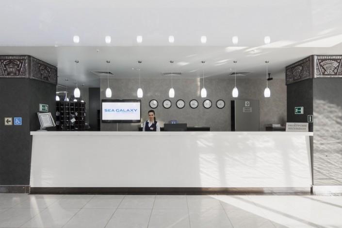 Служба приема и размещения Sea Galaxy Hotel Congress & Spa