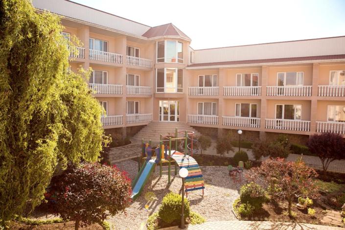Детская площадка на территории отеля SeaLand