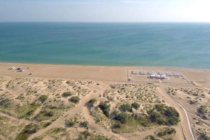 Пляж рядом с отелем Седьмое небо