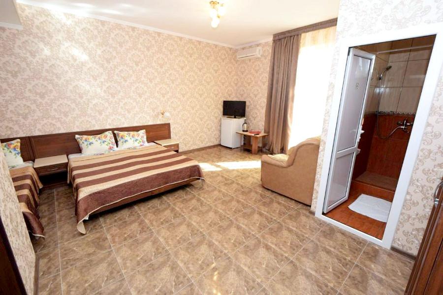 Стандарт трехместный гостевого дома Селини