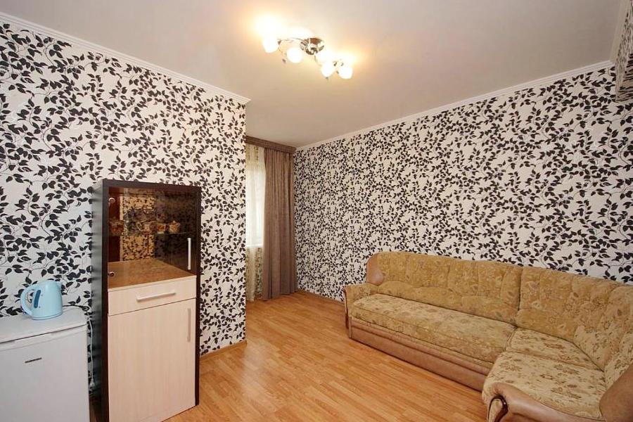 Люкс двухместный двухкомнатный гостевого дома Селини