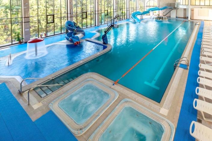Крытый бассейн пансионата Шексна