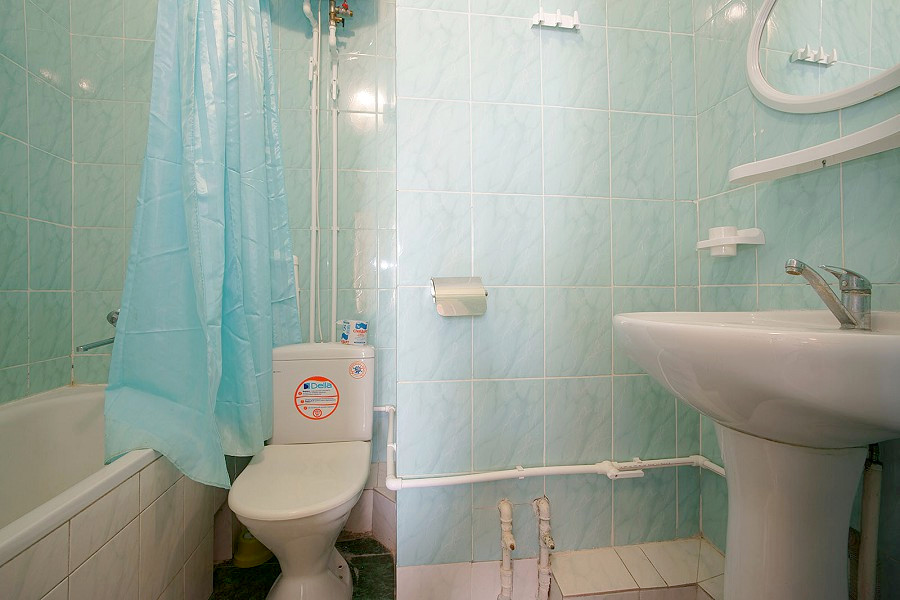 Туалетная комната номера Полулюкс в Корпусе № 1 санатория Симеиз