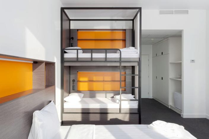 Стандарт четырехместный с двухъярусной кроватью отеля Сириус Дельта, Сочи