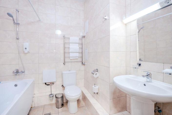 Туалетная комната Стандартного номера в отеле Сириус Гамма, Сочи