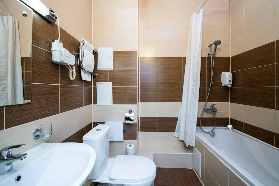 Туалетная комната Стандартного номера в отеле Сириус Сигма, Сочи