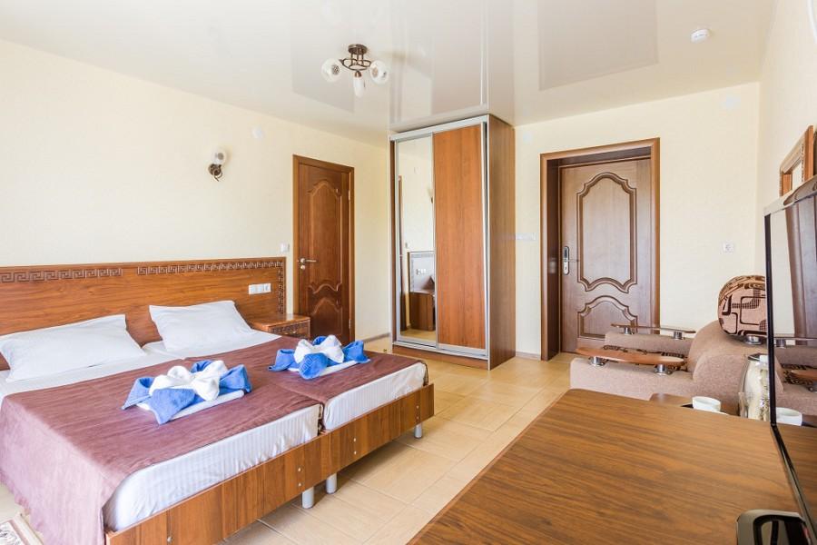 Стандарт двухместный отеля Славянка
