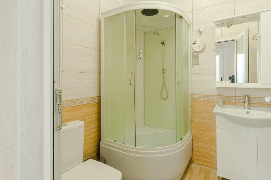Туалетная комната номера Стандарт отеля Славянка