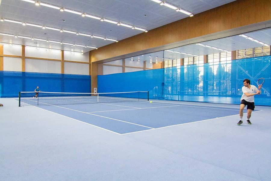 Крытый теннисный корт санатория Сочи