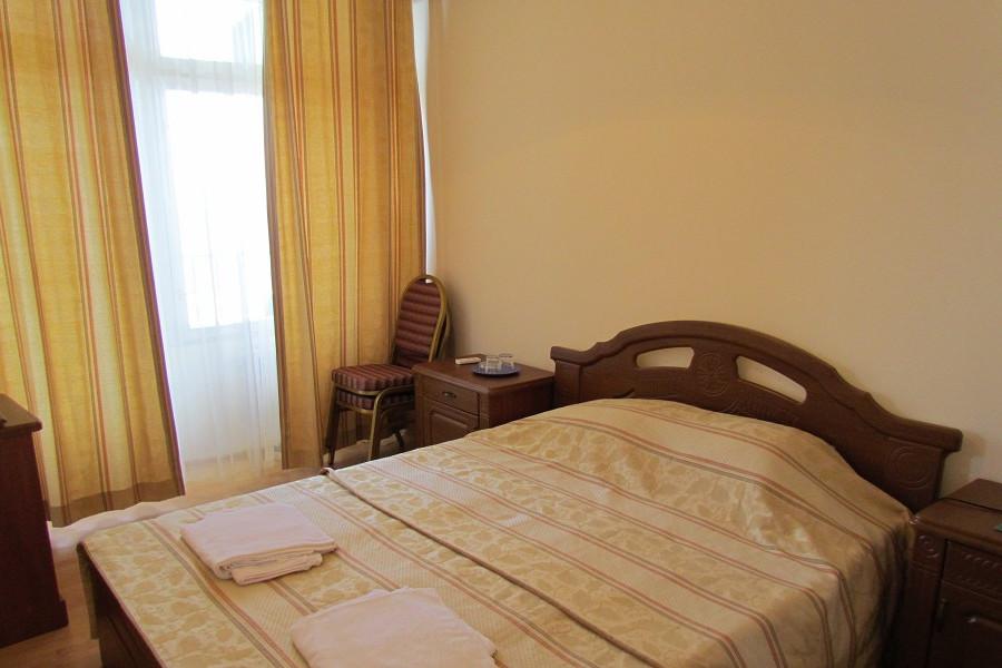 Стандартный номер в Корпусе №2 пансионата Сосновая роща, Пицунда, Абхазия