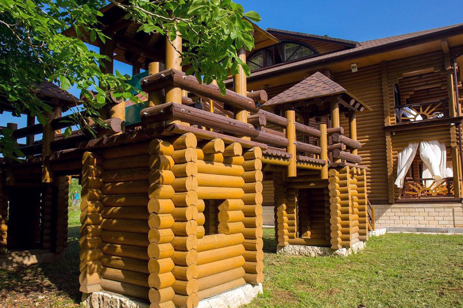 Детский игровой городок пансионата Сосновая роща, Пицунда, Абхазия