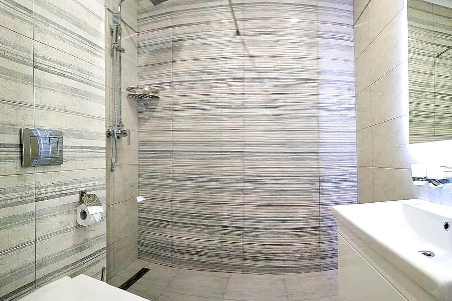Туалетная комната номера Стандарт Улучшенный в Корпусе № 2 санатория Сосновая роща