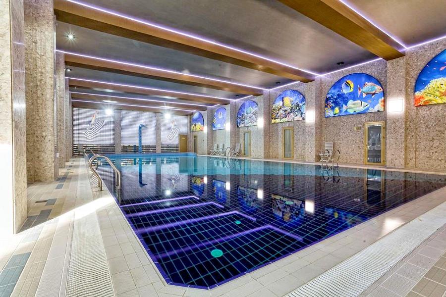 Крытый бассейн санатория Сосновая роща