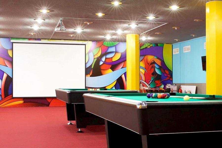 Игровой центр отеля Спутник