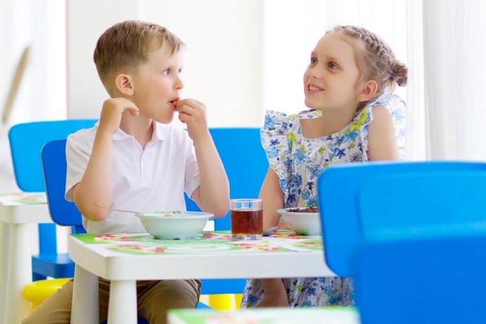 Детское питание в отеле Спутник