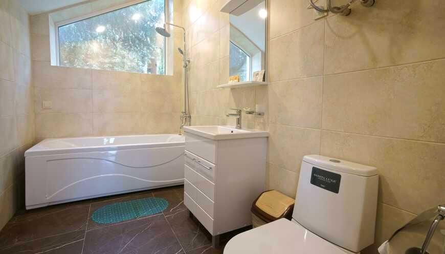 Туалетная комната номера Стандарт Большой в коттедже Днепропетровский отделения Спутник