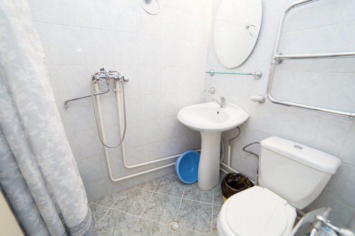 Туалетная комната в номере санатория СССР