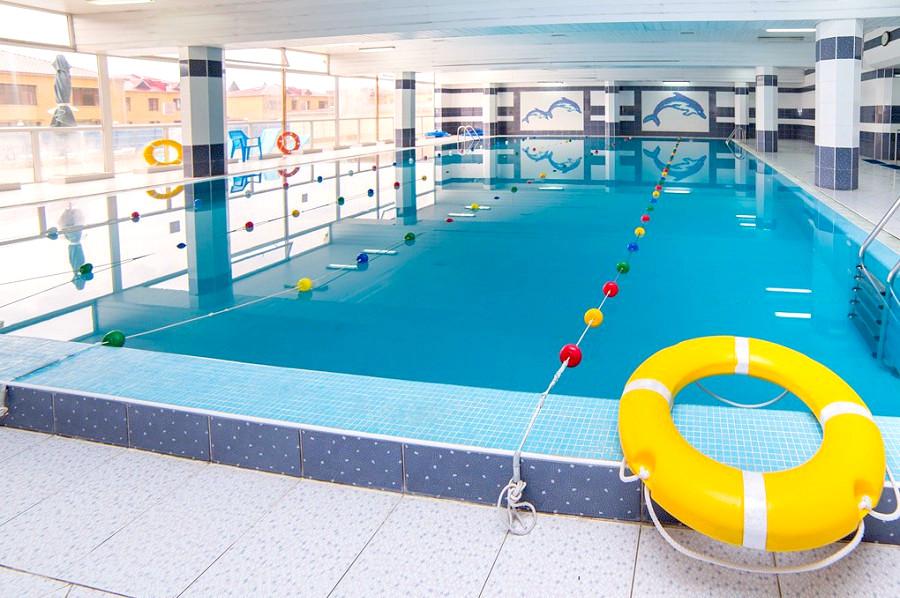 Крытый бассейн санатория СССР