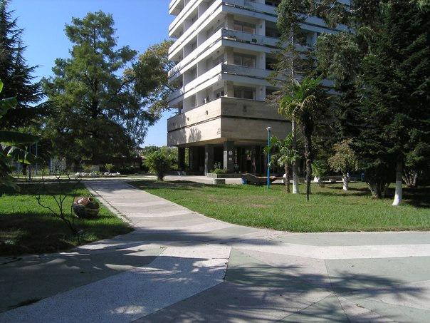 Санаторий Страна души (бывш. Санаторий ПВО/РВСН), Сухум, Абхазия