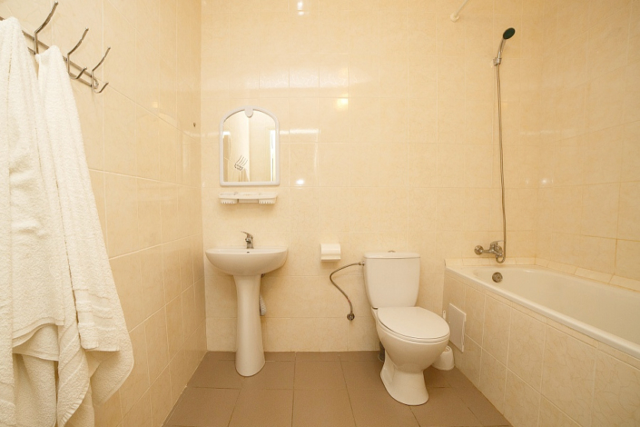 Туалетная комната номера Люкс двухкомнатный в Корпусе 8 ТОК Судак
