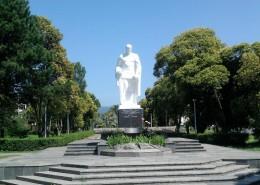 Сухум, памятник Советским воинам