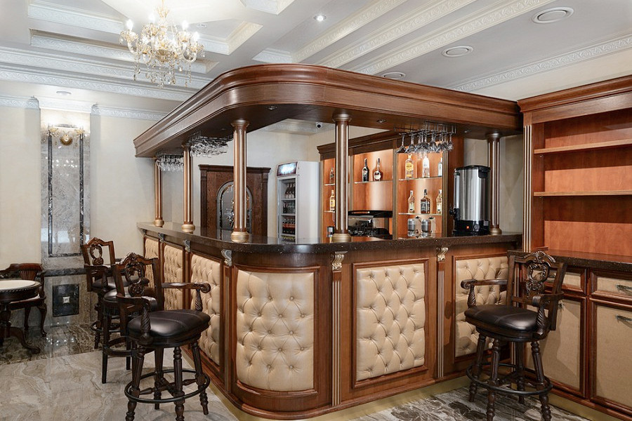 Лобби-бар в холле отеля Sun Palace Gagra