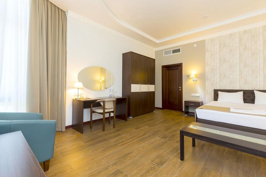Люкс двухкомнатный отеля Sun Palace Gagra