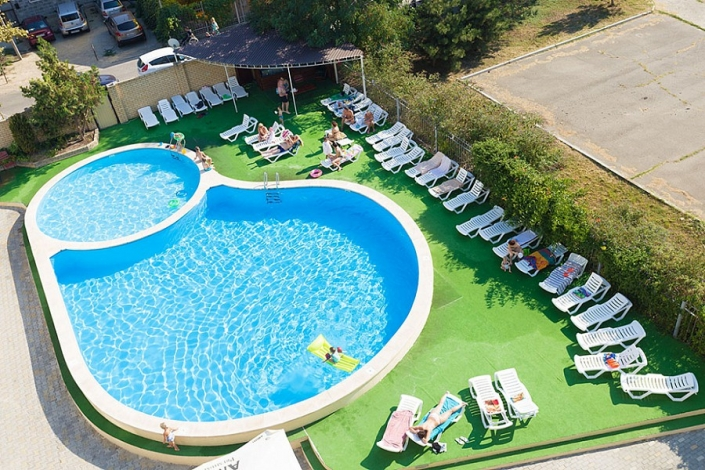 Бассейн Sunmarinn Resort Hotel