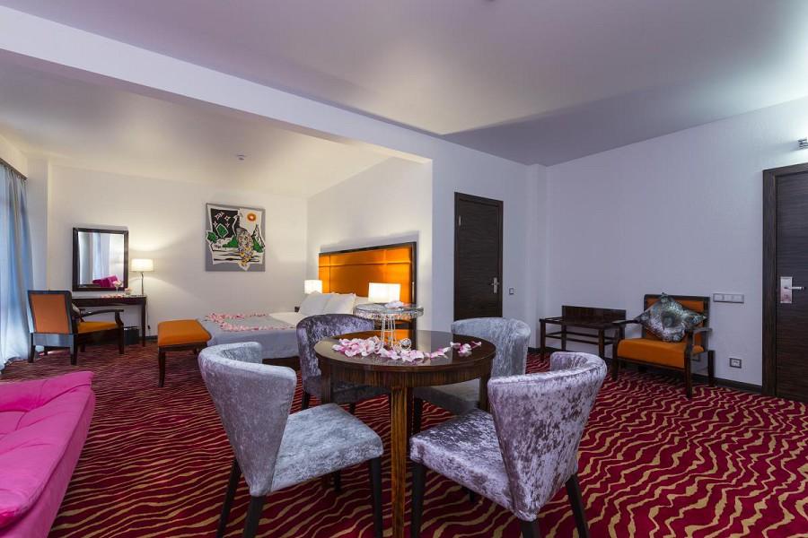 Номер Делюкс двухкомнатный в Sunrise Garden Hotel, Гагра, Абхазия