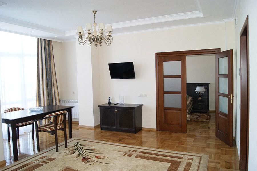 Гостиная номера Люкс 2-х комнатный санатория Светлана, Сочи