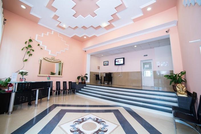 Холл отеля Светлый путь Апсны