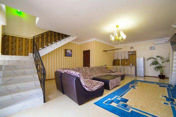 Люкс VIP 4-х местный 3-комнатный SVK Hotel