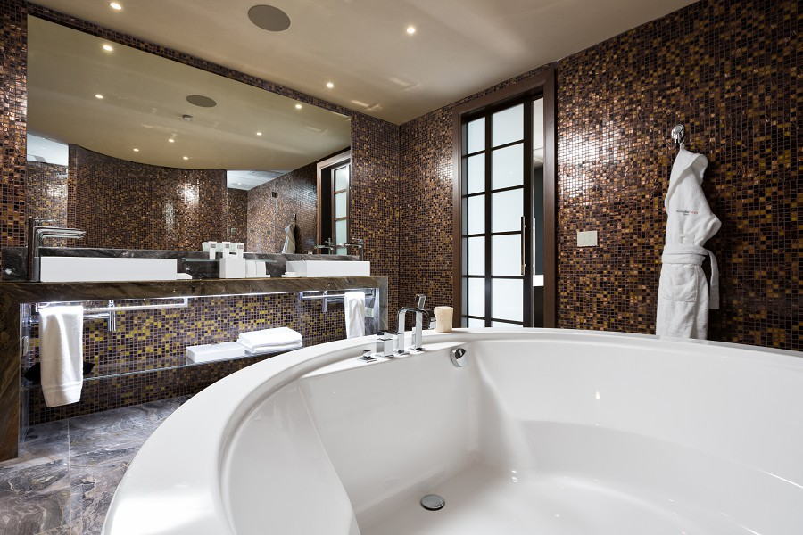 Terrace Suite Bathroom Swissotel Resort Sochi Kamelia