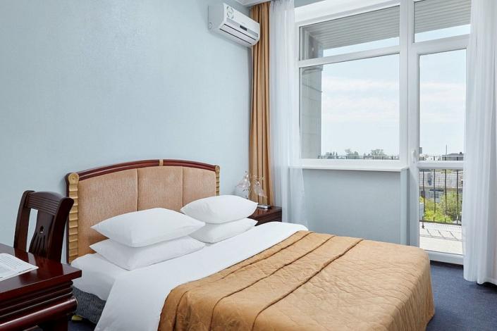 Стандарт двухместный с балконом ТЭС-отель Резорт & Спа