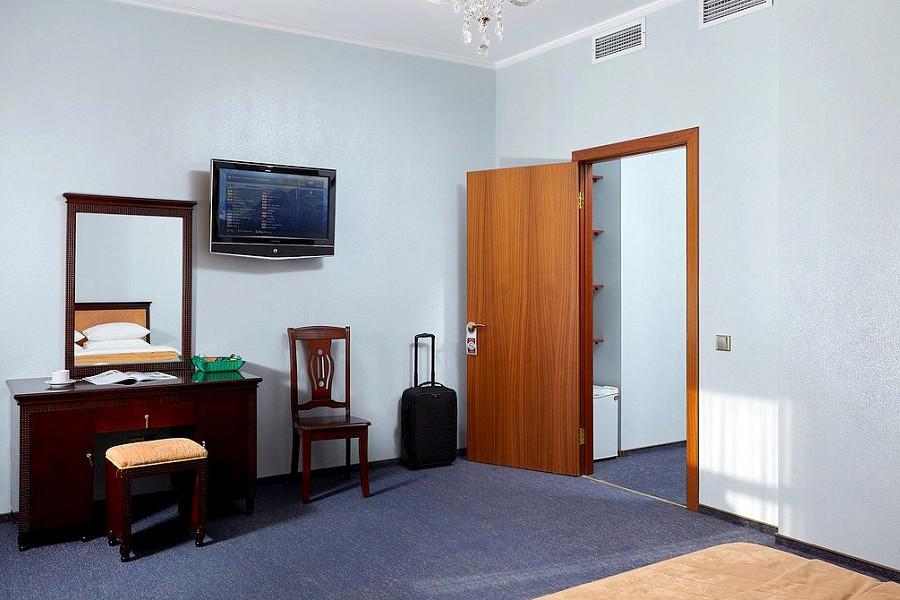 Стандарт двухместный без балкона ТЭС-отель Резорт & Спа