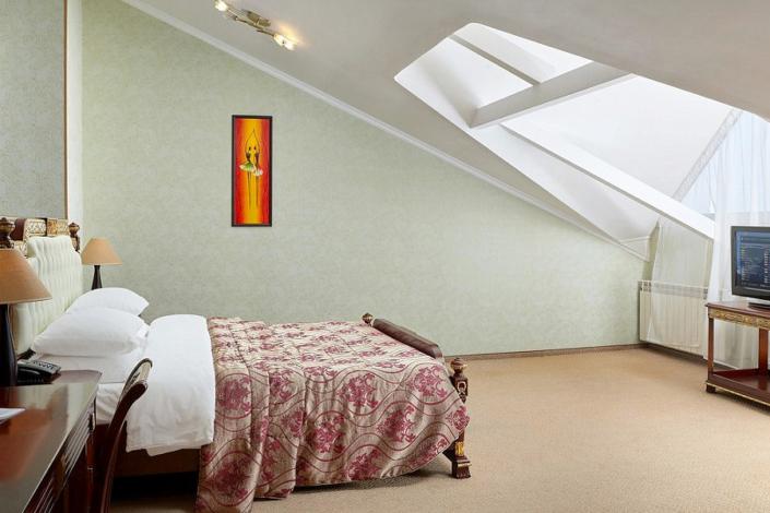 Люкс четырехместный двухкомнатный ТЭС-отель Резорт & Спа