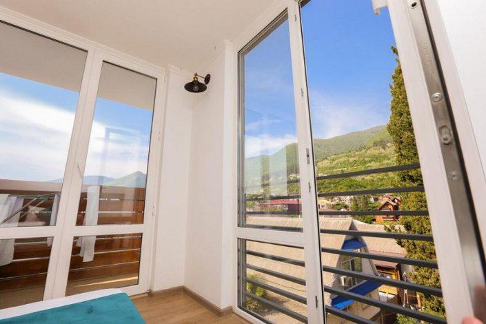 Вид из окна номера Travel Hotel, Гагра, Абхазия