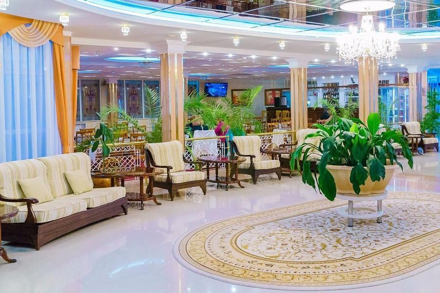 Холл пансионата Урал