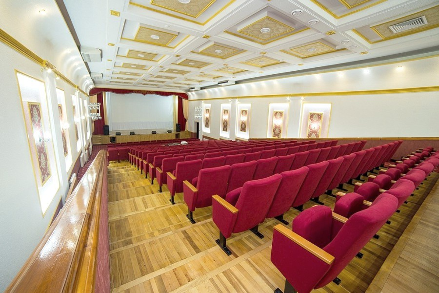 Киноконцертный зал пансионата Урал