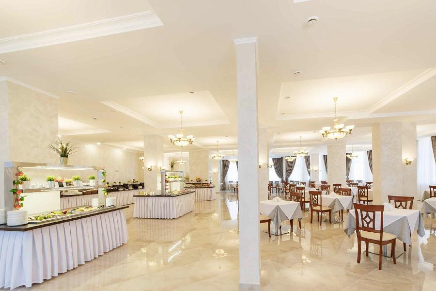 Ресторан пансионата Усадьба Шато Каберне
