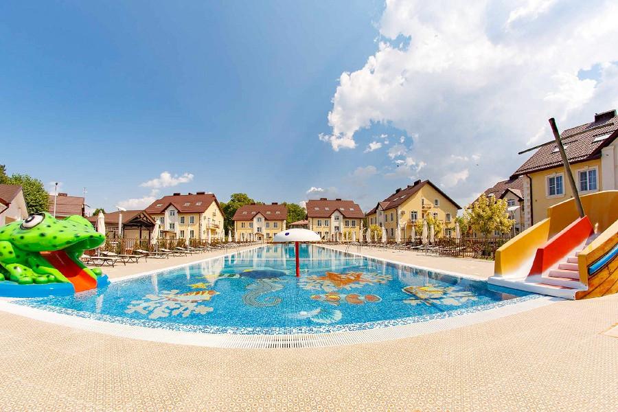 Детское отделение бассейна пансионата Усадьба Шато Каберне