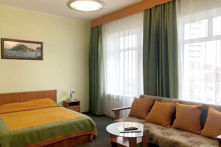 Стандарт двухместный двухкомнатный отеля Валенсия