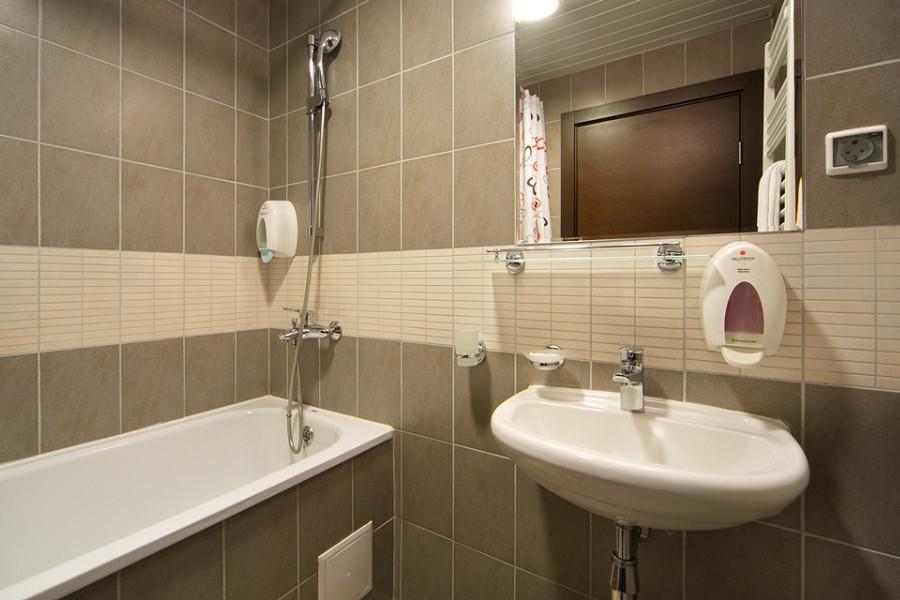 Ванная комната трехкомнатных апартаментов Valset Apartments by Azimut