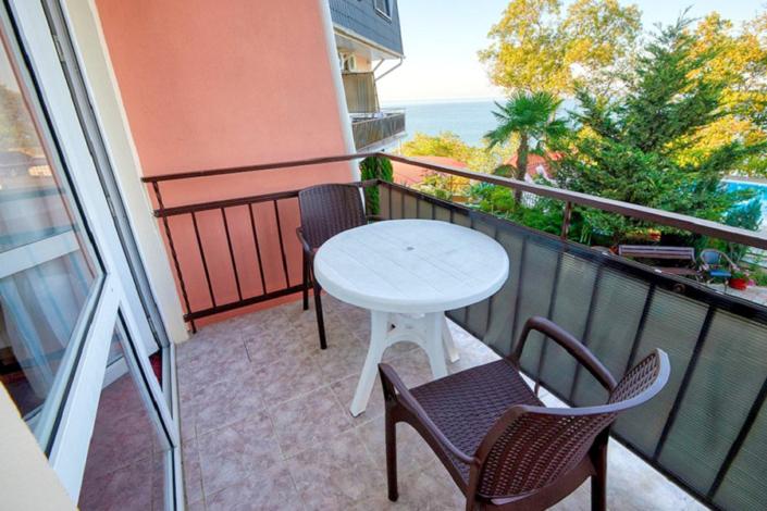 Вид с балкона одного из Семейных номеров гостиницы ВатерЛоо