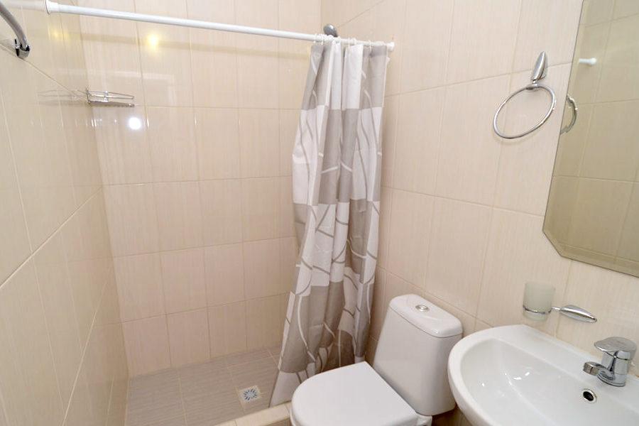 Туалетная комната номера Стандарт двухместный без балкона в отеле Venera Resort