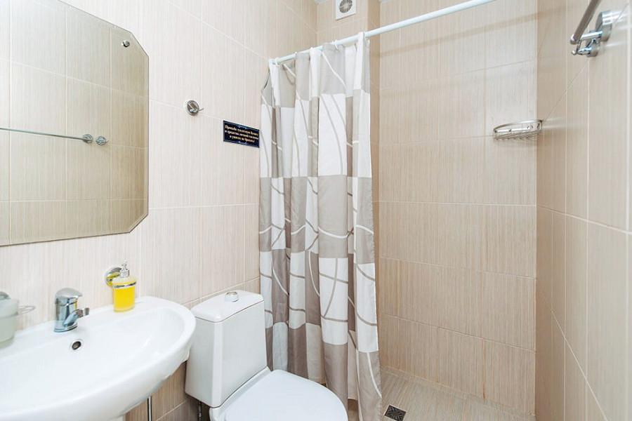 Туалетная комната номера Полулюкс двухместный в отеле Venera Resort
