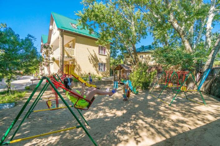 Детская площадка пансионата Веста