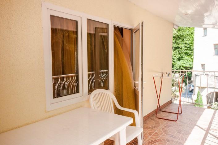 Балкон номера Комфорт двухместный гостевого дома Виктор