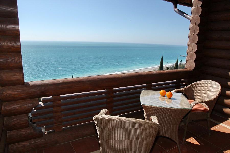 Вид с балкона Стандартного номера отеля Вилла Аквавизи