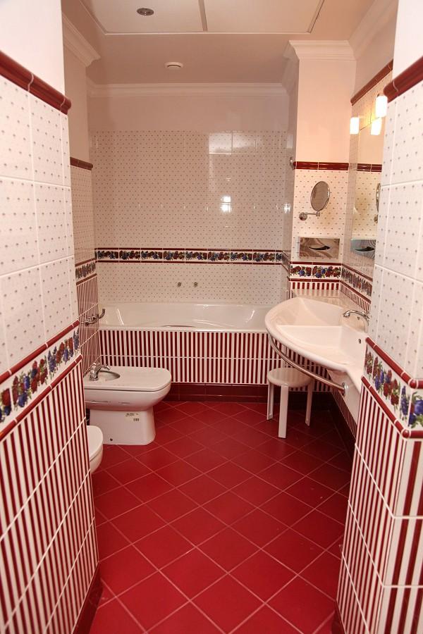 Туалетная комната номера Люкс отеля Вилла Аквавизи